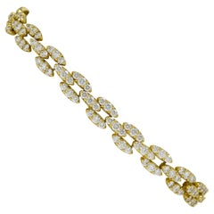 Diamond Link Tennis Bracelet 7 Carat 18 Karat Yellow Gold Modernist 1970s Estate