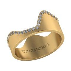 Diamond Modern Ring in 10 Karat Gold