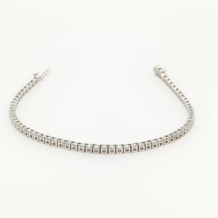 Women's Diamond Necklace and Diamond Bracelet Suite 205 Round Diamonds 13.05 Carat For Sale