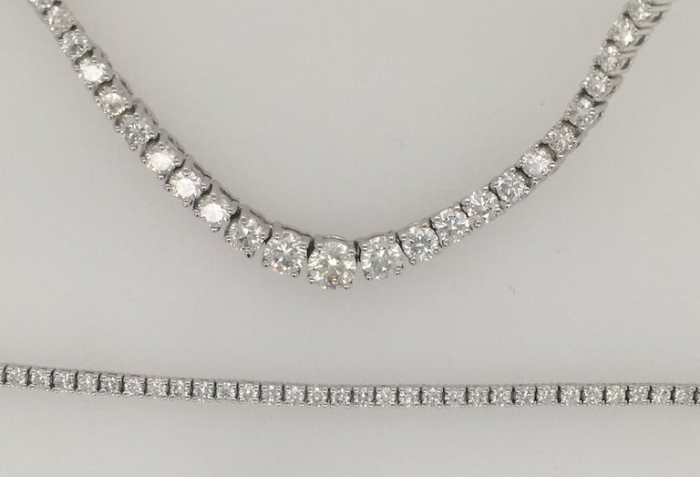 Diamond Necklace and Diamond Bracelet Suite 205 Round Diamonds 13.05 Carat For Sale 3