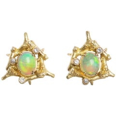Diamond Opal 18 Carat Yellow Gold Clip-On Earrings