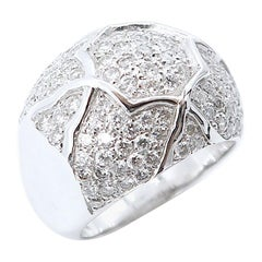 Diamond Pavé Motif 18 Karat White Gold Ring Concave Wide Band