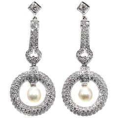 Diamond Pearl 18 Karat White Gold Dangle Earrings