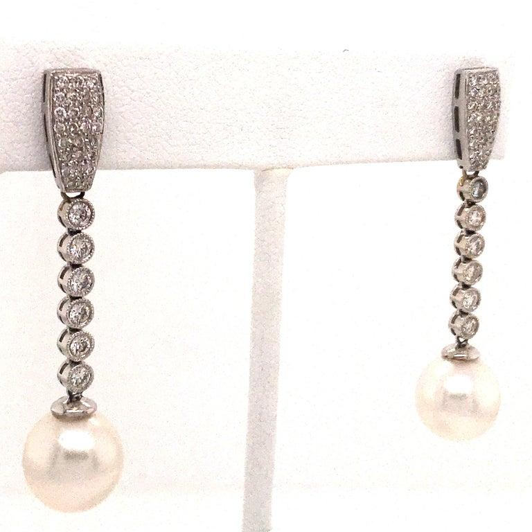 Round Cut Diamond Pearl Drop Earrings 1.50 Carat 18 Karat White Gold For Sale