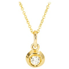 Diamond Pendant Necklace Circle