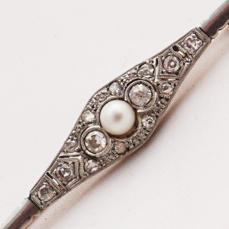 Diamond Pin with Pearl of Art Deco, 1920s For Sale 7