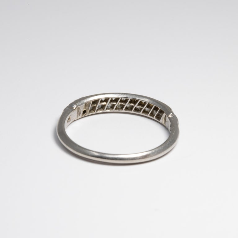 Women's or Men's Diamond Platinum Anniversary Style Ring, Band, 20 Diamonds, .2 Carat For Sale
