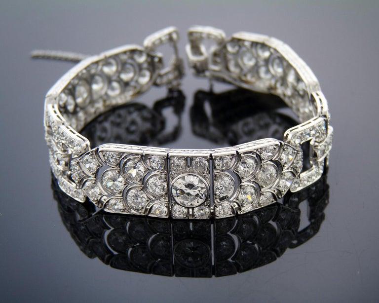 Diamond Platinum Bracelet, France, 1930s For Sale 1