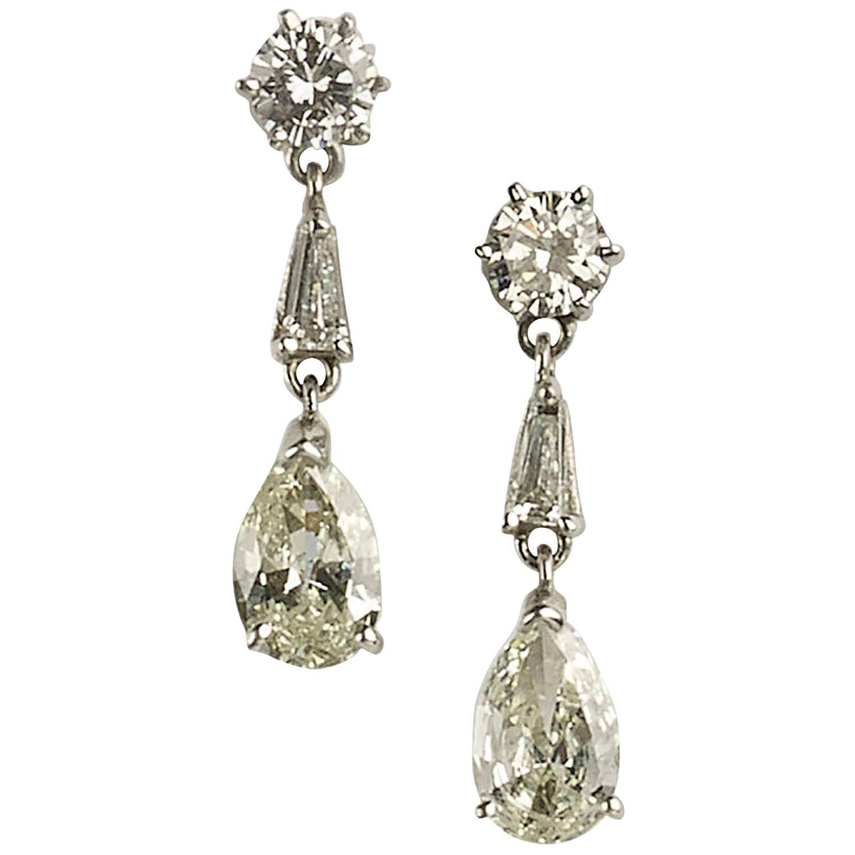 Diamond Platinum Drop Earrings 2.75 Carat