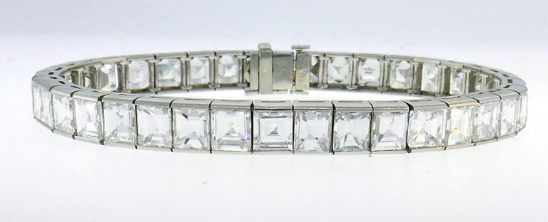 Diamond Platinum Tennis Line Bracelet 1950s In Excellent Condition For Sale In Beverly Hills, CA