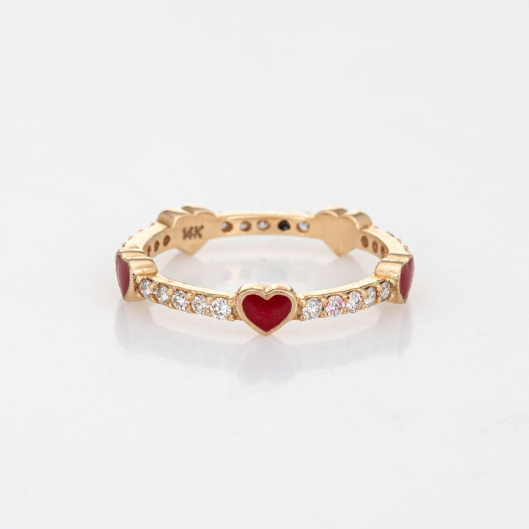 Modern Diamond Red Enamel Heart Eternity Ring Estate Fine Jewelry 14 Karat Yellow Gold For Sale