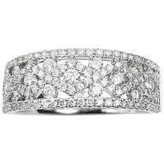 Diamond Right Hand Ring with Patterned Design