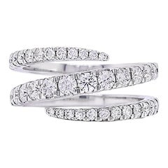 Diamond Ring in 18 Karat White Gold with 0.90 Carat Round Diamonds IGI Certified
