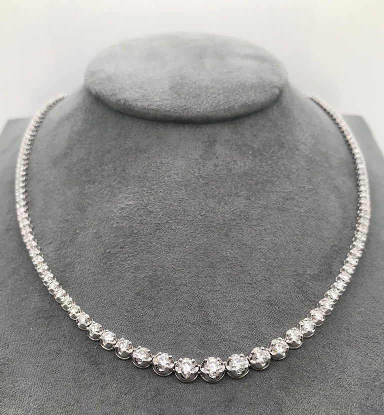 Diamond River Necklaces  Composed of a line of Round cut diamonds, mounted in White gold 18K L.: 38 cm 158 White Diamonds 3.000 Ct color H purity SI White Gold 15,90 Grams