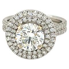 Diamond Round 1.81 Carats Engagement Ring Set in Platinum