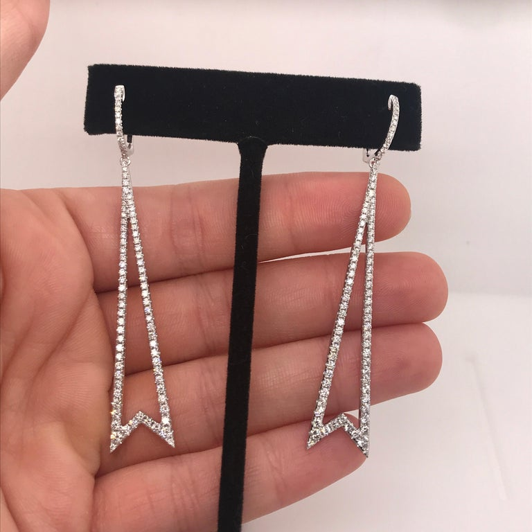 Contemporary Diamond Round Brilliant Drop Earrings 1.78 Carat 18 Karat White Gold For Sale