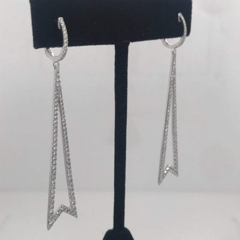 Diamond Round Brilliant Drop Earrings 1.78 Carat 18 Karat White Gold In New Condition For Sale In New York, NY