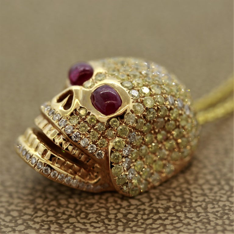 Round Cut Diamond Ruby Gold Skull Pendant Necklace For Sale