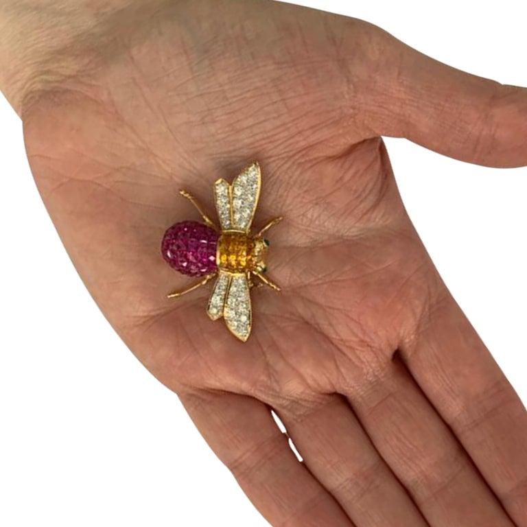 French Cut Diamond, Ruby, Sapphire and Emerald 18 Karat Yellow Gold Bee Brooch Pin