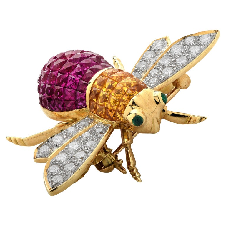 Diamond, Ruby, Sapphire and Emerald 18 Karat Yellow Gold Bee Brooch Pin