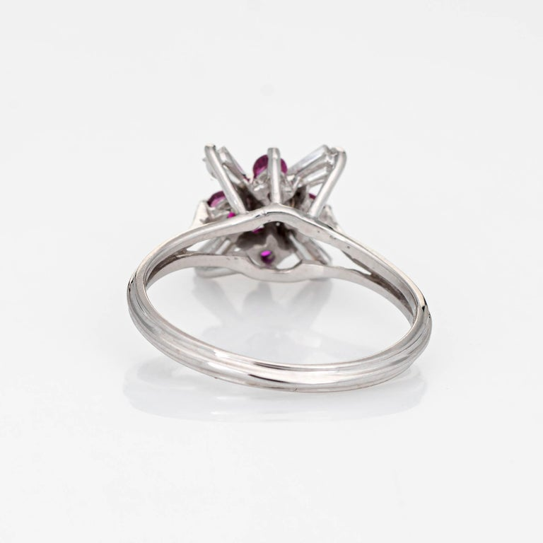 Diamond Ruby Star Ring Vintage 18 Karat White Gold Estate Fine Cocktail Jewelry In Good Condition For Sale In Torrance, CA