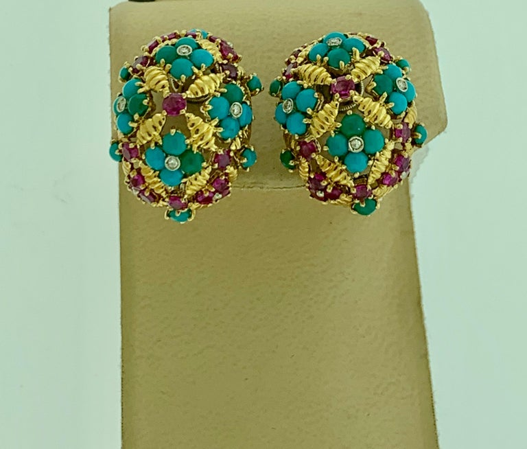 Diamond Ruby and Turquoise Clip Earrings in 18 Karat Yellow Gold 17 Grams In Excellent Condition For Sale In Scarsdale, NY