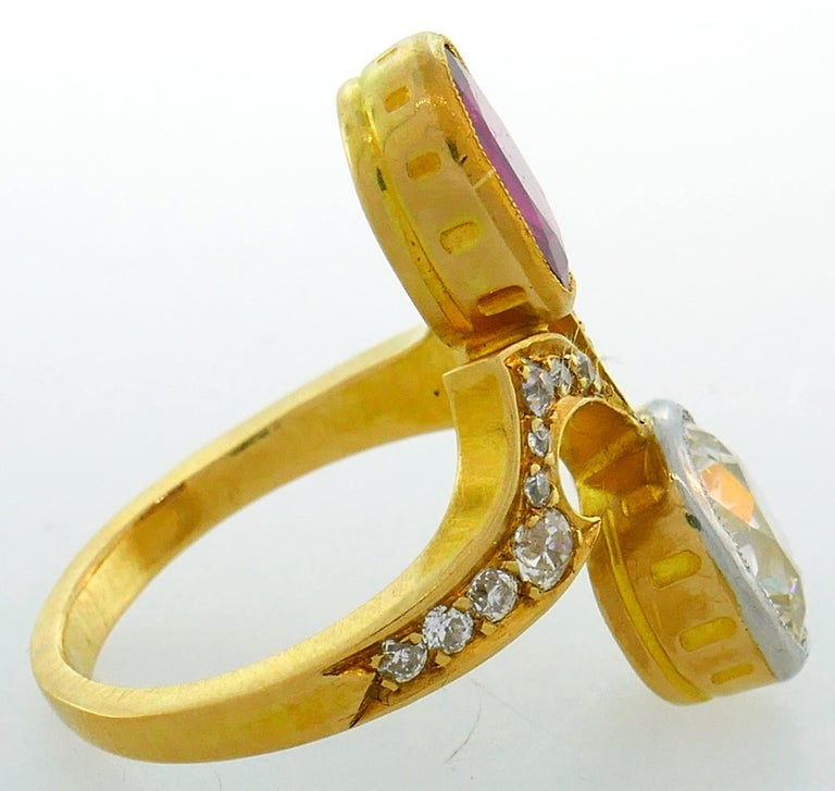 Diamond Ruby Yellow Gold Toi et Moi Ring, Victorian French Antique In Good Condition In Beverly Hills, CA