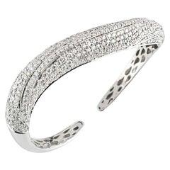 Diamond Set Bangle 6.98 Carat