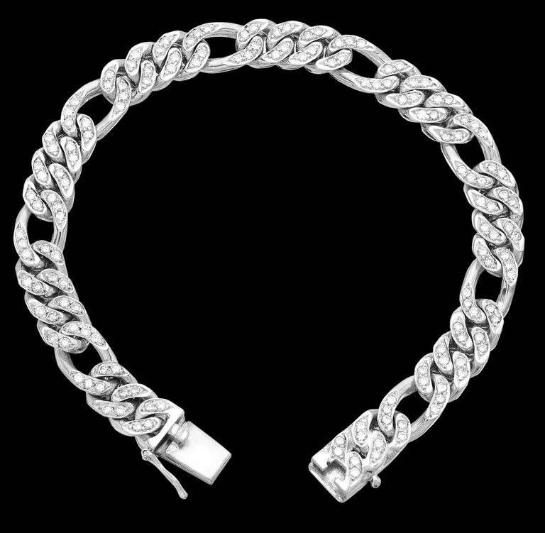 Diamond set Figaro Curb Links Chain Bracelet in Solid 14 ct White Gold  Resembling infinite unbreakable bonds, this diamond cultivated chain bracelet glistens out a strong beautiful personality. The links are structured out to perfection, the