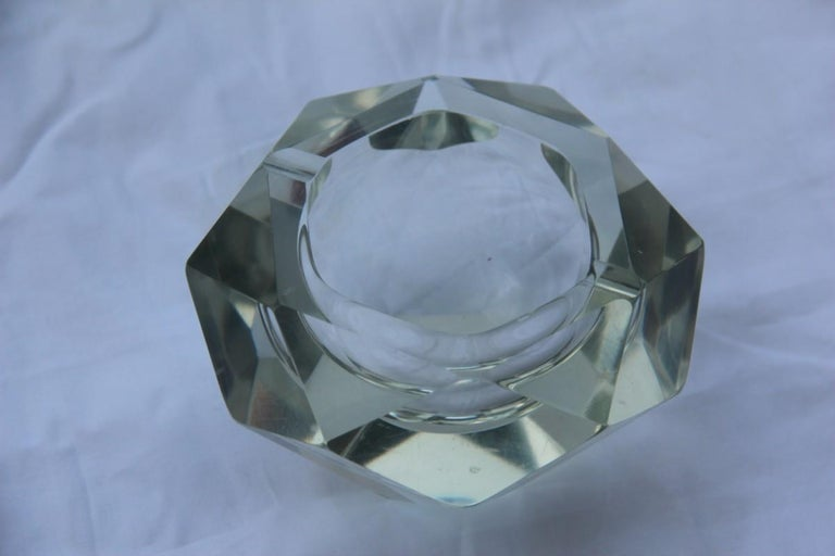 Diamond Shaped Ashtray Shining Italy Design 1960s Transparent Glass In Good Condition For Sale In Palermo, Sicily