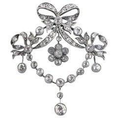 Diamond Silver Set Yellow Gold Belle Époque Diamond Pendant, circa 1910