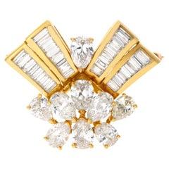 Diamond Spray Pin/Brooch in 18 Karat