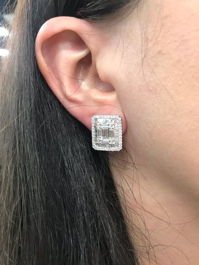 Diamond Square Stud Earrings 3.25 Carat 18 Karat White Gold For Sale 5