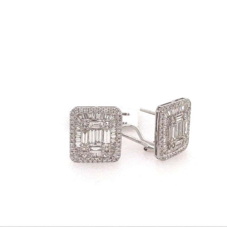 Diamond Square Stud Earrings 3.25 Carat 18 Karat White Gold In New Condition For Sale In New York, NY