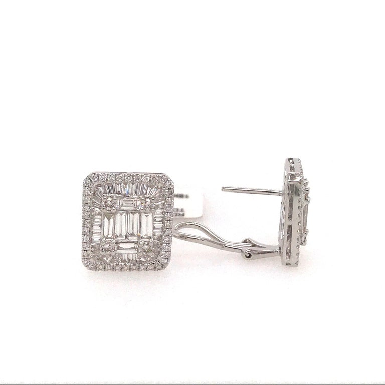 Women's Diamond Square Stud Earrings 3.25 Carat 18 Karat White Gold For Sale