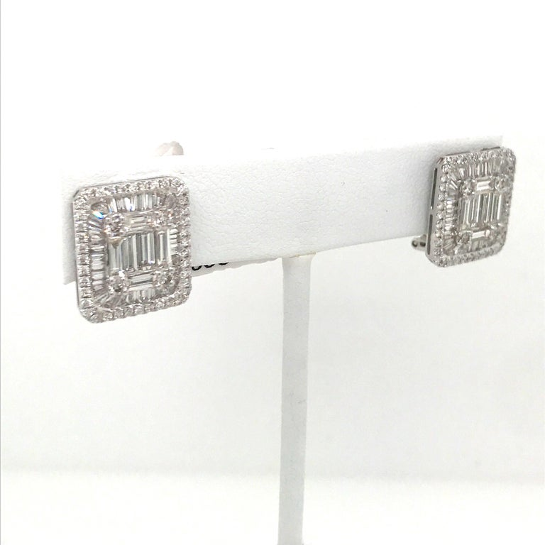 Diamond Square Stud Earrings 3.25 Carat 18 Karat White Gold For Sale 1