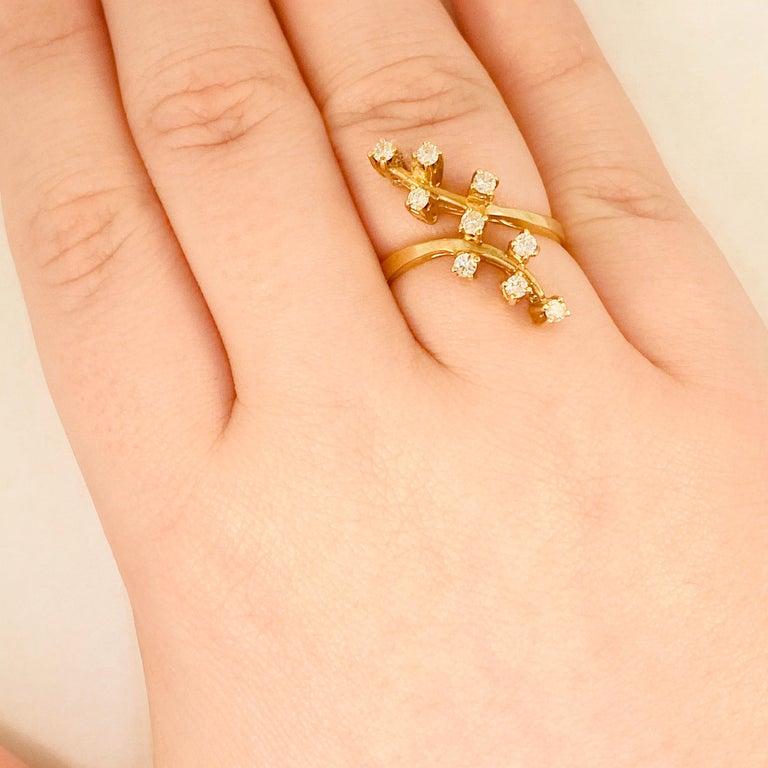 Round Cut Diamond Statement Ring 9 Diamond Trail Ring, .20 Carat Total Weight Diamonds For Sale