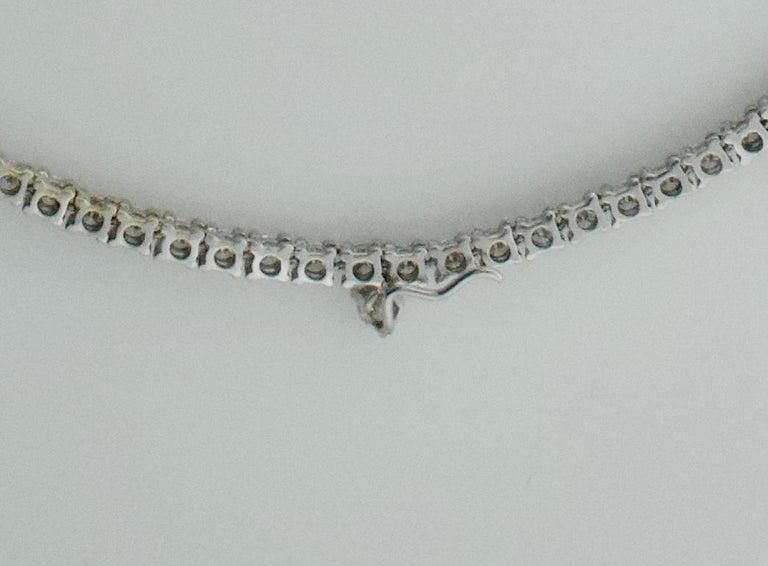 Diamond Straight Line Necklace in 18 Karat 7.61 Carat For Sale 1