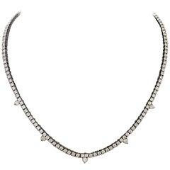 Diamond Straight Line Necklace in 18 Karat 7.61 Carat