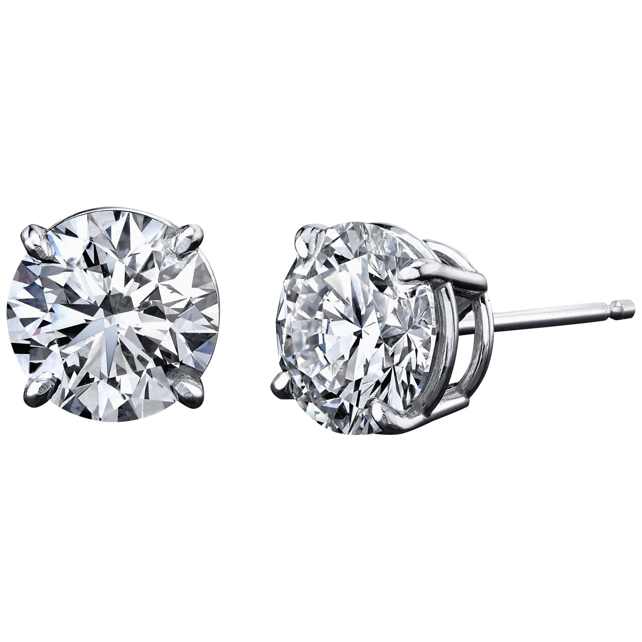 Diamond Stud Earrings 0.80 Carat with GIA Certificates 18 Karat Gold 4-Prong