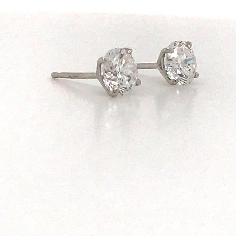 Round Cut Diamond Stud Earrings 1.40 Carat E-F SI2 14 Karat White Gold For Sale