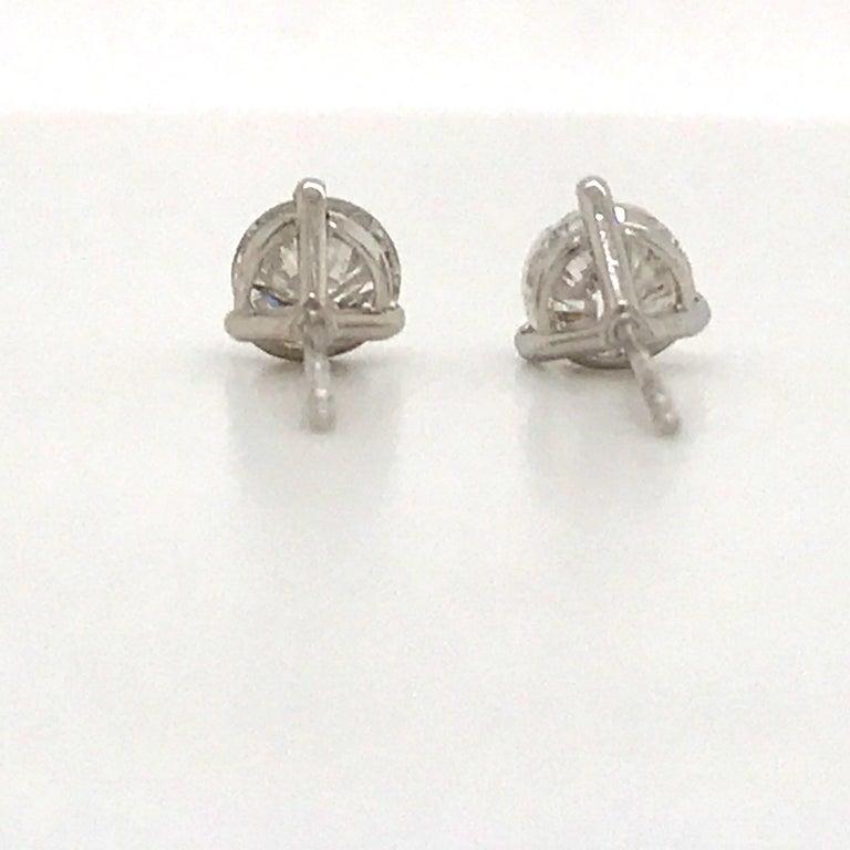 Diamond Stud Earrings 1.60 Carat E-F SI2-SI3 14 Karat White Gold For Sale 1