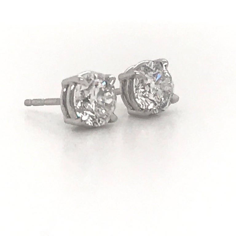 Contemporary Diamond Stud Earrings 2.02 Carat G-H SI3 14 Karat White Gold For Sale