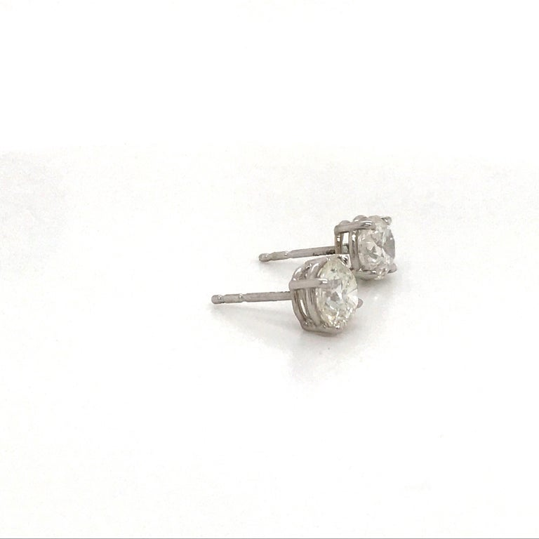 Contemporary Diamond Stud Earrings 2.02 Carat G I1-I2 14 Karat White Gold For Sale