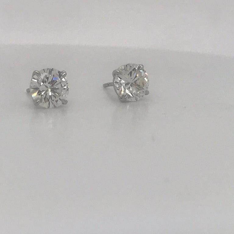 Contemporary Diamond Stud Earrings 3.00 Carats I-J VS2 18 Karat White Gold For Sale