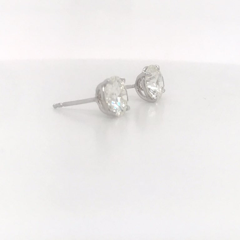 Diamond Stud Earrings 3.00 Carats I-J VS2 18 Karat White Gold In New Condition For Sale In New York, NY