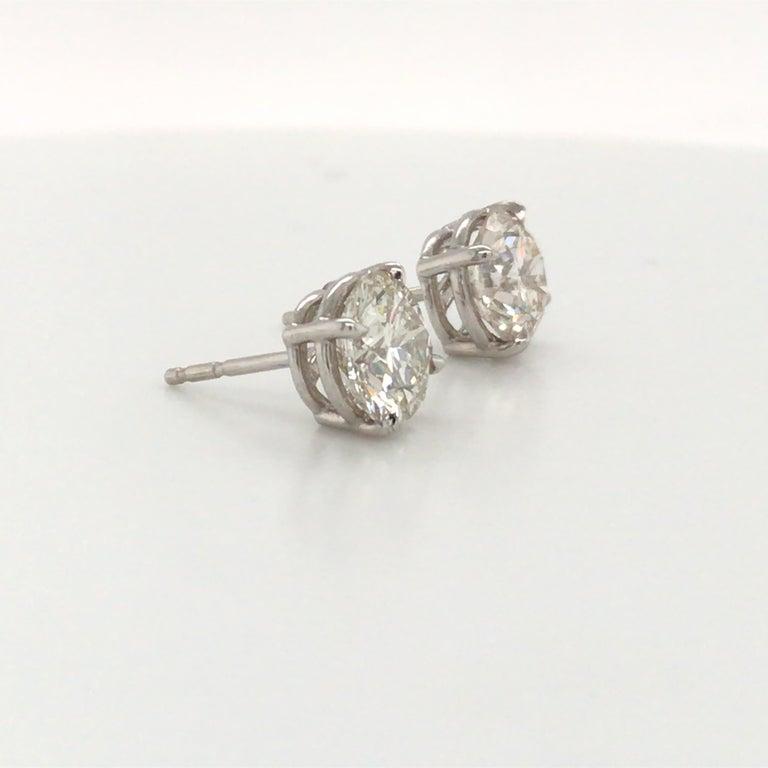 Round Cut Diamond Stud Earrings 3.00 Carat J VS2-SI1 14 Karat White Gold For Sale