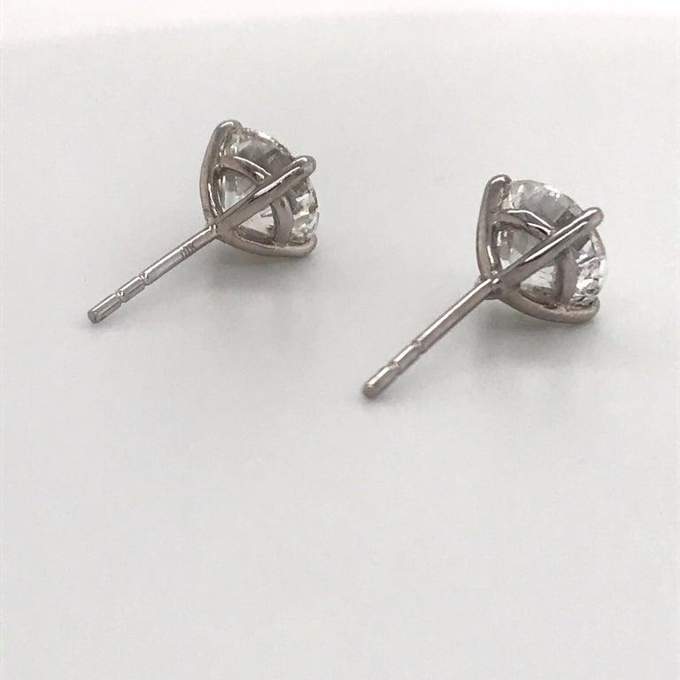 Round Cut Diamond Stud Earrings 3.17 Carat H I1 18 Karat White Gold For Sale