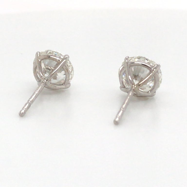 Women's or Men's Diamond Stud Earrings 3.41 Carat H-I SI2-I1 18 Karat White Gold For Sale