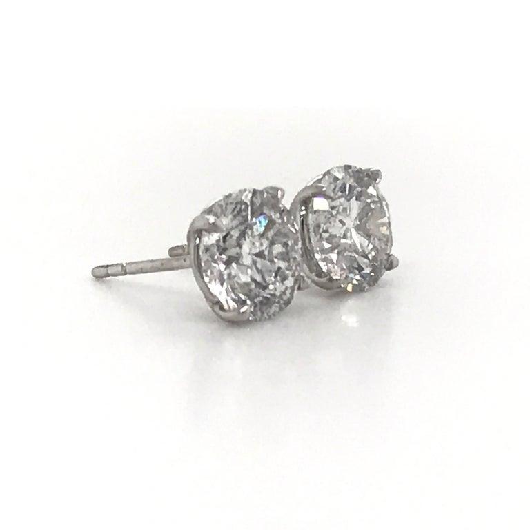 Round Cut Diamond Stud Earrings 4.07 Carat I I1 18 Karat White Gold For Sale
